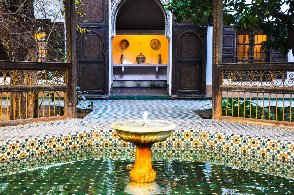 Most Muslim families lived in riads, or traditional Moroccan homes, that featured an inner courtyard with a fountain -- which was also meant to function as a cooling system. The inner space, such as the one picture above, was protected from the street and was meant to serve as a place of serenity. (photo credit: Michal Shmulovich)