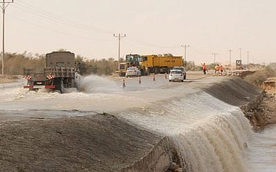 Illustrative image of flash flooding in southern Israel, file photo (Photo credit: Gili Yaari/Flash 90)