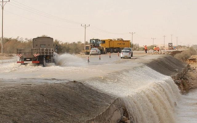 Illustrative image of flash flooding in southern Israel, file photo (Photo credit: Gili Yaari/Flash 90)