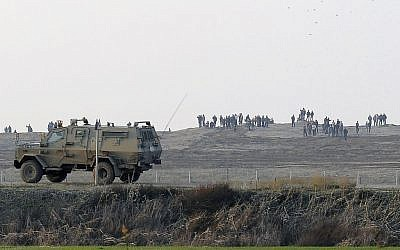 An IDF jeep, January 3, 2014 (illustrative photo: David Buimovitch/Flash90)