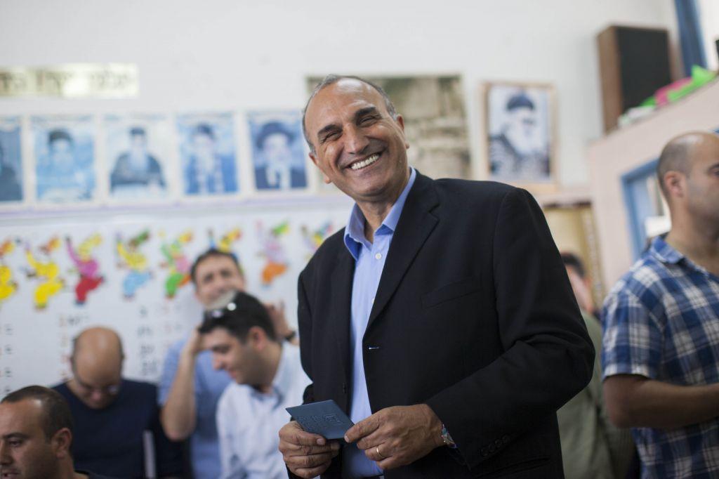 Eliyahu Shemesh: Shas Candidate Wins Beit Shemesh Election With 51%
