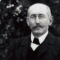 Alfred Dreyfus in the Villemarie Garden, Carpentras 1899-1900. (Dreyfus Family Collection)
