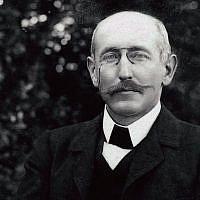 Alfred Dreyfus in the Villemarie Garden, Carpentras 1899-1900. (Dreyfus Family Collection)