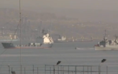 Klos-C enters port of Eilat in March with the INS Hanit alonside her. (screen capture: Ynet)
