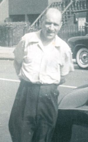 Harry Eidlitz is shown on a 1953 visit to Brooklyn, N.Y., to see his sister, Sylvia Brier. (Courtesy Joseph Brier via JTA)