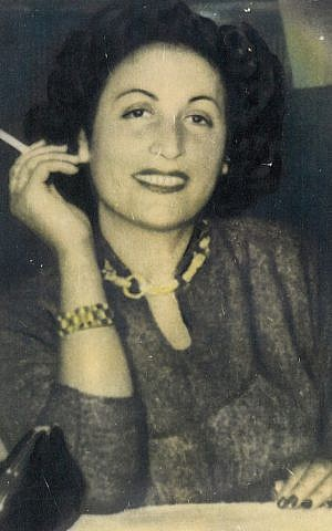 Souad Zaki, the Egyptian diva, strikes a pose. (Courtesy of Moshe Zaki)