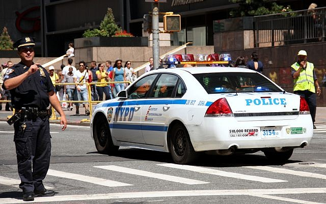 Illustrative: Police in New York. (CC BY/Andre Gustavo Stumpf/Flickr)
