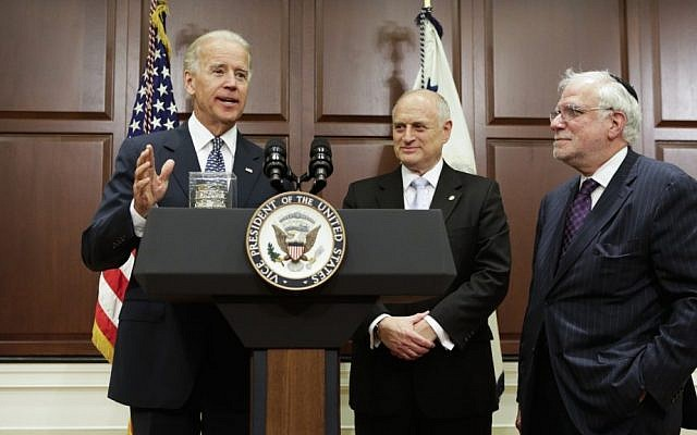 Vice President Joe Biden, with Richard Stone, Chairman, and Malcolm Hoenlein, Executive Vice Chairman, of the Conference of Presidents of Major American Jewish Organizations, 2012. (Photo credit: Joshua Roberts)