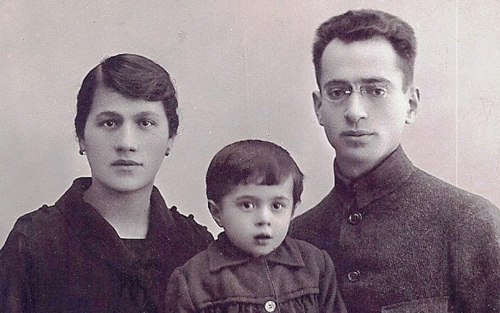 Mendel Eidlitz with his wife, Chasia, and one of their daughters, Sima; all three, along with another daughter, were killed at Ponari, a forest near their native Vilna. (Courtesy Rivka Gurvitz via JTA)