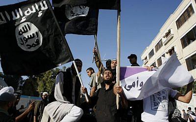 Palestinian salafists demonstrate in the southern Gaza Strip in September 2012. (Abed Rahim Khatib/Flash90)