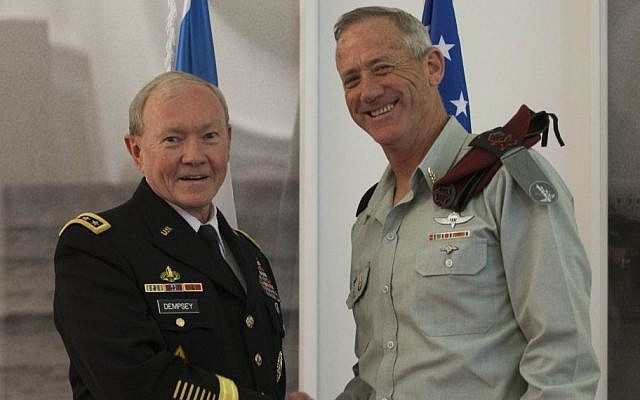 US Chairman of the Joint Chiefs of Staff Gen. Martin Dempsey meets with IDF Chief of Staff Lt. Gen. Benny Gantz in Jerusalem on March 31, 2014 (Photo credit: Yonatan Sindel/Flash90)