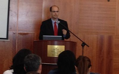 Chief Scientist Avi Hasson speaks at a Nazareth high-tech event (Photo credit: Courtesy)