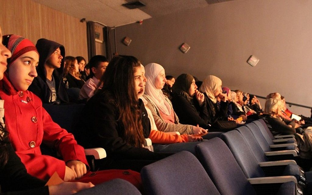 The audience for TNT Britain's matinee production of Romeo and Juliet in Tel Aviv was a mixed bag of Muslim and Jewish students. (photo credit: Rebecca McKinsey/Times of Israel)