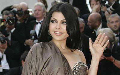Lebanese singer and actress Haifa Wehbe in 2007. (photo credit: AP Photo/Kirsty Wigglesworth, File)
