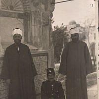 Turkish officer between two Muslim officials (undated) (photo credit: © DEIAHL, Jerusalem)