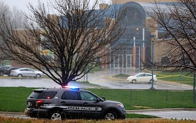 A police vehicle near the location of a shooting at the Jewish Community Center in Overland Park, Kansas, Sunday, April 13, 2014 (Photo credit: Jamie Squire/Getty Images via JTA Photos)