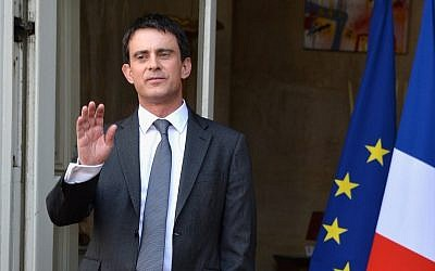 Manuel Valls at the ceremony in which he assumed the office of prime minister, April 1, 2014. (photo credit: Pascal Le Segretain/Getty Images/JTA)