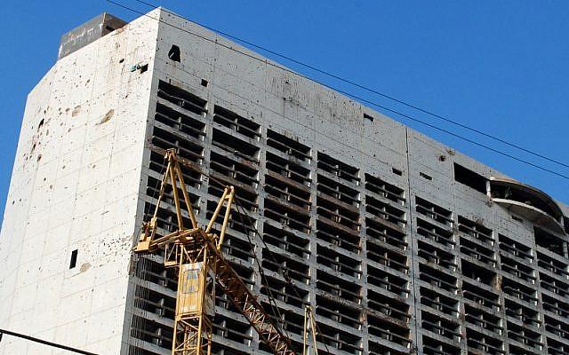 The old Holiday Inn in Beiruit, Lebanon, in 2011. (photo credit: CC BY SA Karan Jain/Flickr)
