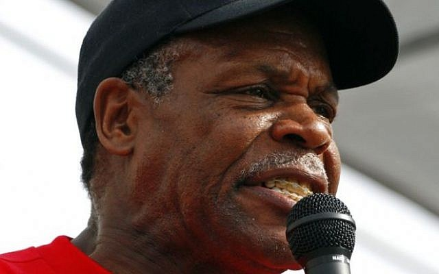 Danny Glover speaking at a 2007 rally for immigrants' rights, in Madison, Wisconsin. (photo credit: CC BY Wikipedia)