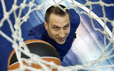 Maccabi Tel Aviv head coach David Blatt (photo credit: Moshe Shai/Flash90