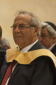 Stef Wertheimer, a self-made magnate, at a graduation ceremony last year (photo credit: Yonatan Sindel/Flash 90)