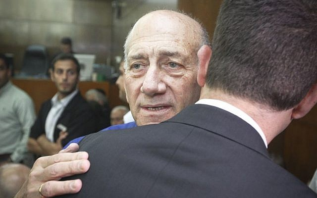 Former prime minister Ehud Olmert at his sentencing at the Tel Aviv District Court, Tuesday, May 13, 2014 (photo credit: Ami Shooman/Flash90)