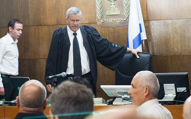 Judge Daivd Rozen, who presided over the Holyland case, is seen in the courtroom of the District Court in Tel Aviv on the day former prime minister Ehud Olmert was sentenced, Tuesday, May 13, 2014. (photo credit: Yotam Ronen/Flash90)