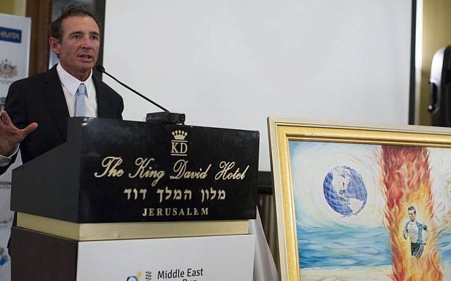 Australian ultra-marathon athlete Pat Farmer speaks at a press conference in the King David Hotel in Jerusalem on May 19, 2014. (Photo credit: Yonatan Sindel/Flash90)
