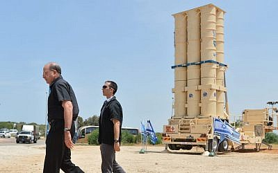 Defense Minister Moshe Ya'alon visiting the Arrow II intercepting missile launcher at the Palmahim Israeli Air Force base March 2, 2015. (Photo credit: Yossi Zeliger/Flash90)