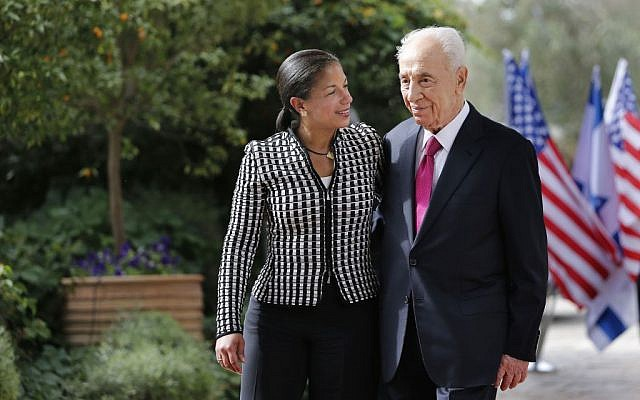 President Shimon Peres welcomes US National Security Adviser Susan Rice before their meeting at the Israeli presidential conference in Jerusalem, Wednesday, May 7, 2014. (Photo credit: AP Photo/Tsafrir Abayov)