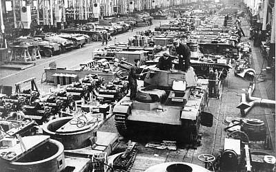 German tank production line. (Photo credit: Bundesarchiv, Bild 183-L04352 / CC-BY-SA / Wikimedia)