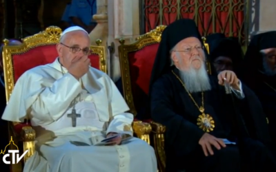 Pope Francis and Ecumenical Patriarch Bartholomew I at the Church of the Holy Sepulchre, May 25, 2014. (screen capture: GPO)