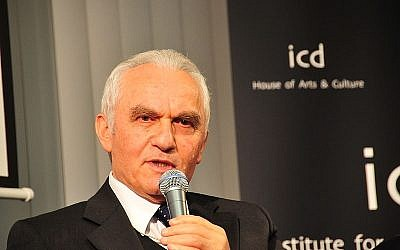 Former Turkish foreign minister Yasar Yakis (photo credit: Cultural Diplomacy / Wikimedia Commons)