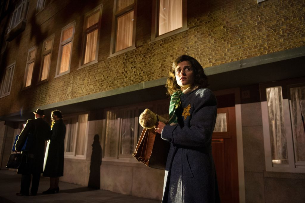 Dutch actress Rosa da Silva portrays Anne Frank in the new play 'Anne,' which had its world premiere in Amsterdam on May 8, 2014. (photo credit: JTA/Kurt van der Elst)