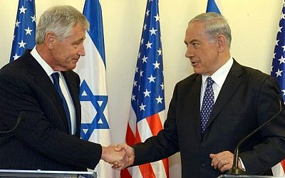 Prime Minister Benjamin Netanyahu (right) meets with US Secretary of Defense, Chuck Hagel, at the Prime Minister's office in Jerusalem, on Friday, May 16, 2014. (photo credit: Haim Zach/GPO/Flash 90)