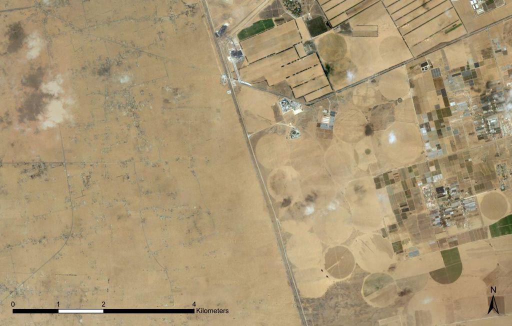 Israel's clearly defined border with Egypt's Sinai Desert (photo credit: ©2012 Google, Mapa GISrael, ORION-ME, Imagery ©2012 Cnes/Spot Image, DigitalGlobe, GeoEye, US Geological Survey)