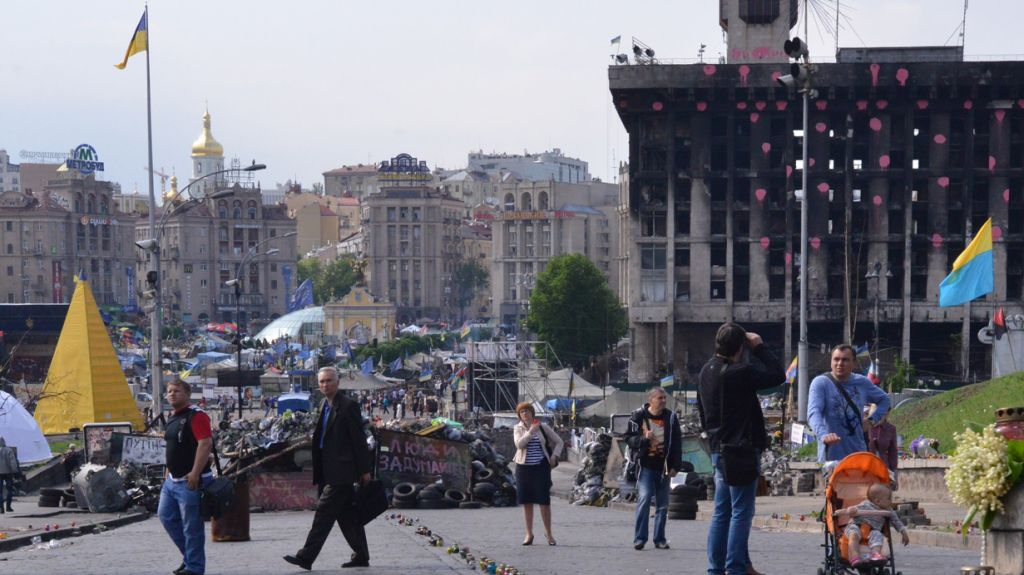 Months after the outbreak of anti-government protests, and days before Ukrainians head to the polls to elect a new president, in May 2014 central Kiev still had the feel of a war zone. (Cnaan Liphshiz/JTA)
