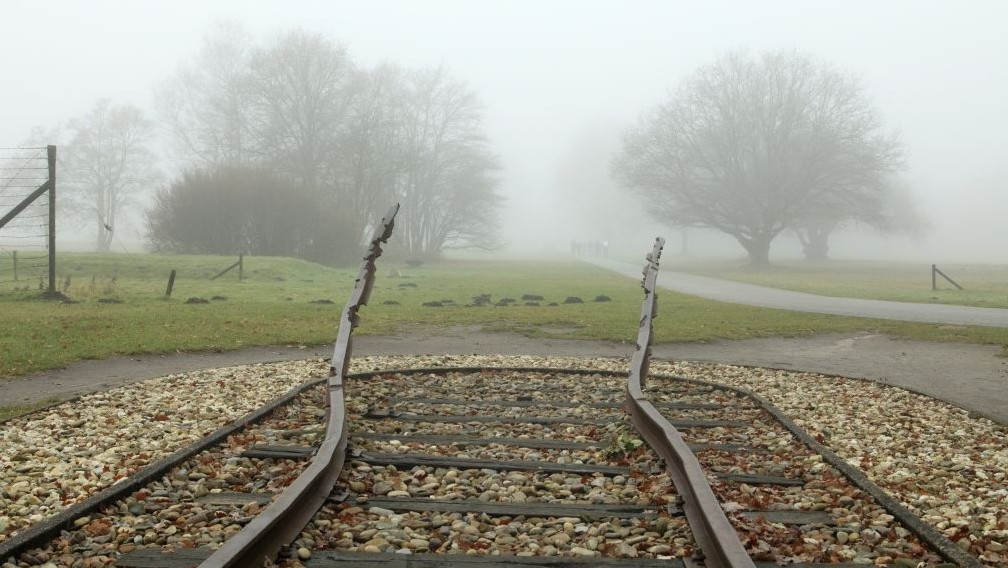 Holocaust survivors to be compensated by Dutch wartime train operator