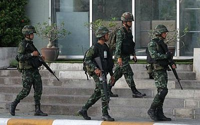 Illustrative photo of Thai soldiers, May 20, 2014 in Bangkok, Thailand (photo credit: AP /Apichart Weerawong)