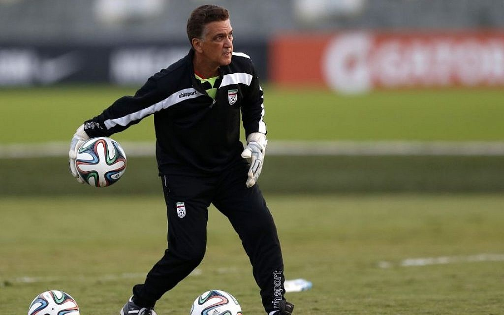58-year-old Dan Gaspar from Connecticut works with Iranian goalies at the Corinthians soccer team training center in Sao Paulo, Brazil, June 8th, 2014 (photo credit: AP/Julio Cortez)