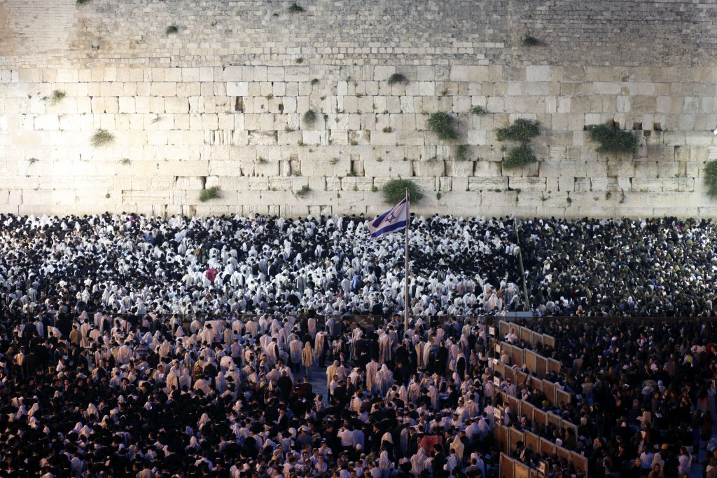 Heading to the Western Wall for the annual Shavuot priestly blessing (photo credit: Sliman Khader/Flash 90)