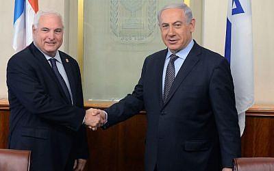 Prime Minister Benjamin Netanyahu meets with President of Panama, Ricardo Martinelli, in Jerusalem, on May 29, 2014. (Kobi Gideon/GPO/Flash90)