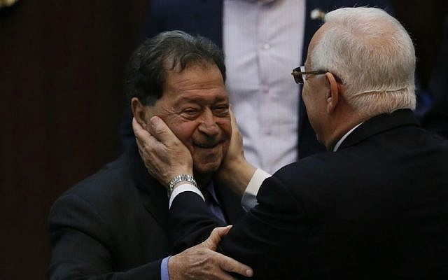 Then-presidential candidate Reuven Rivlin seen with former presidential candidate and then-MK Binyamin Ben-Eliezer in the Knesset during presidential elections, June 10, 2014. (Miriam Alster/Flash90)