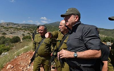 Moshe Ya'alon, right, with officers in West bank on Tuesday, June 24, 2014. (photo credit: Ariel Hermoni/Defense Ministry/Flash90)