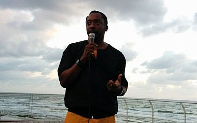 will.i.am speaking to angel investors and Israeli startups at the Tel Aviv port (photo credit: Dan Atzmon)