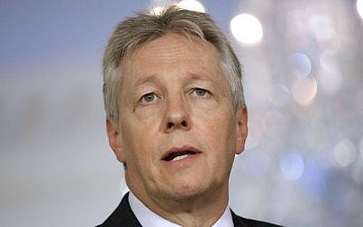 Northern Ireland First Minister Peter Robinson (photo credit: AP/Evan Vucci, File)