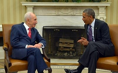 US President Barack Obama meets with Israeli President Shimon Peres in the Oval Office of the White House on June 25, 2014, in Washington, DC (AFP/Mandel Ngan)