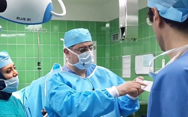 Doctors at an Iranian hopsital, illustrative photo (Photo credit: Youtube screen capture)