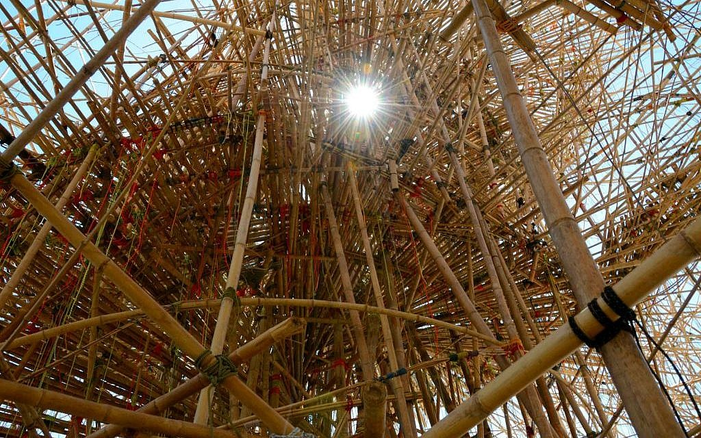 The interior of Big Bambú, resembling an organism, or a fantastic, organic climbing structure (photo credit: Zoe Vayer/Flash 90)