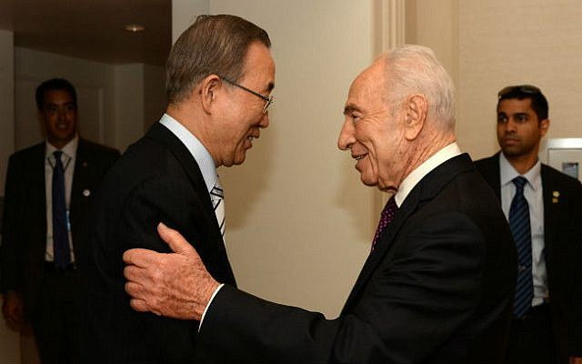 UN Secretary General Ban Ki-moon (L) meets with President Shimon Peres (R), during their meeting at the New York Palace Hotel in New York, 29 June 2014. (photo credit: Kobi Gideon/GPO/Flash90)